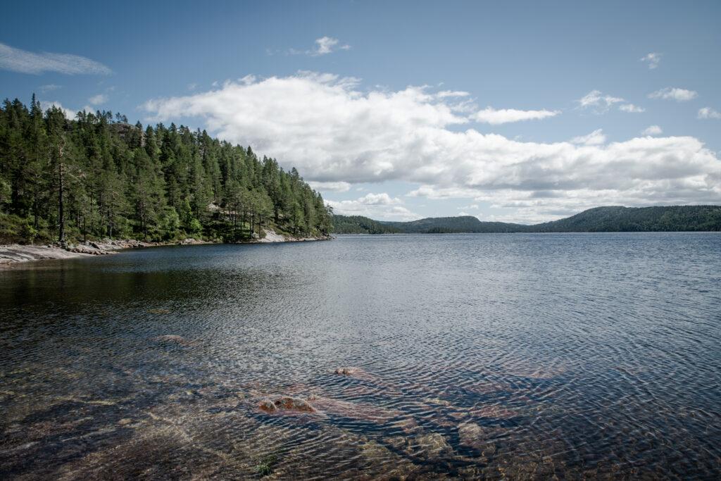 Søen Juvatn ved Bortelid
